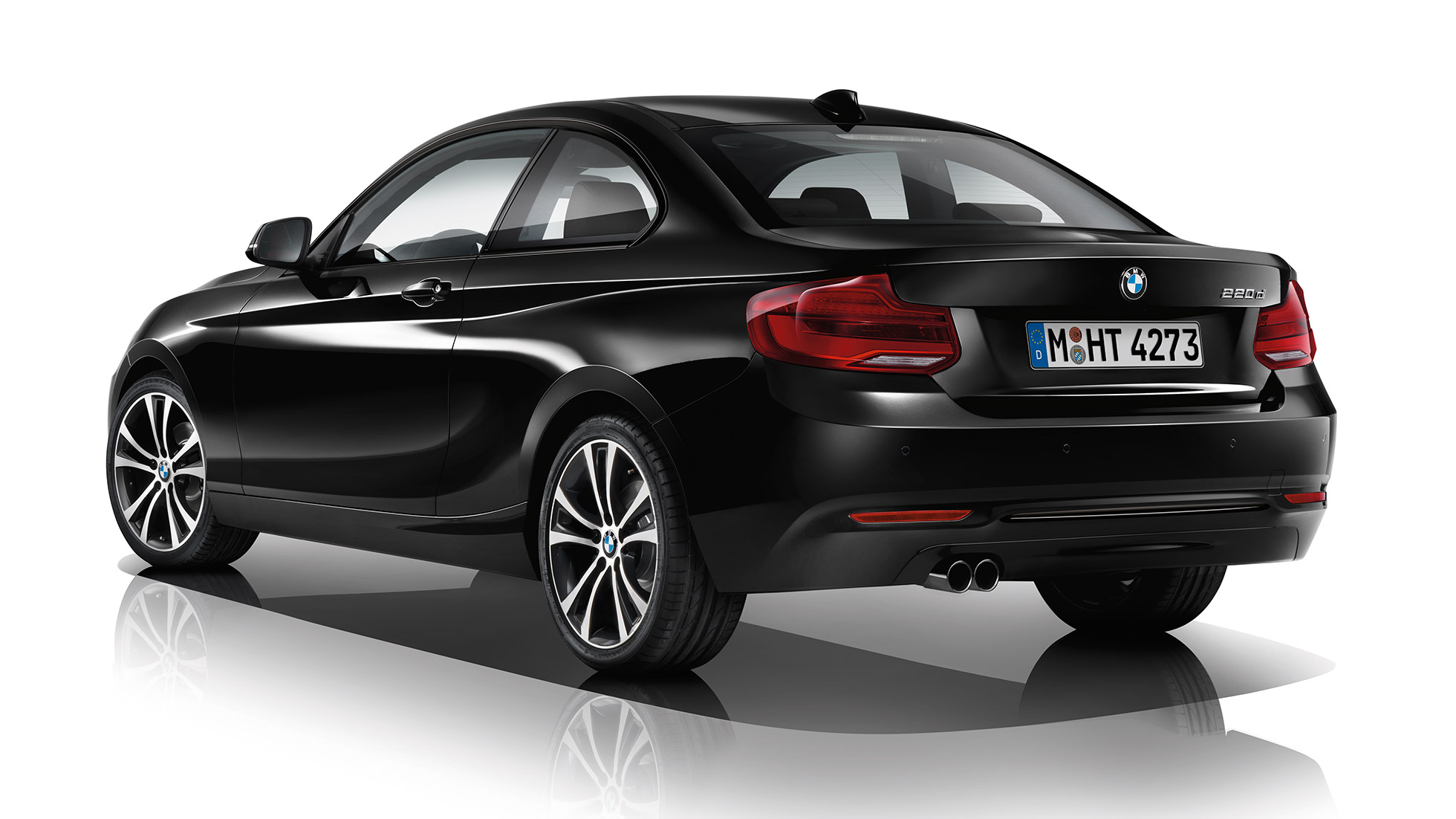 BMW 2 Series Coupé, Model Sport Line three-quarter rear shot