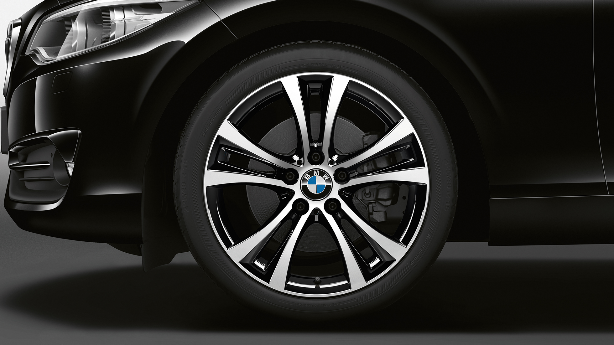 BMW 2 Series Coupé, Model Sport Line wheels